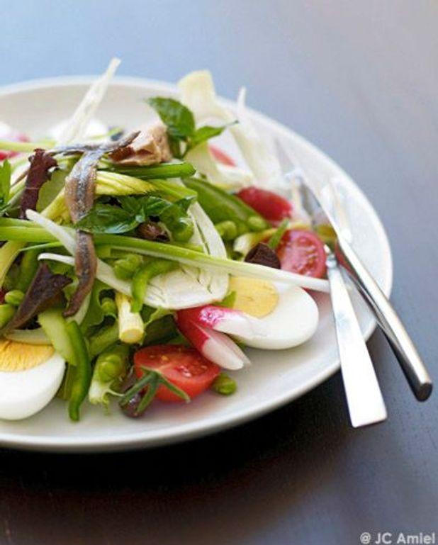 La vraie salade niçoise sans légumes cuits