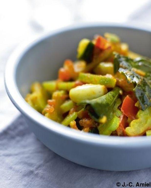 Légumes sautés au concombre amer