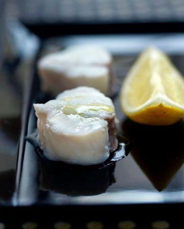 Lotte en croûte de sel et citrons à l'anglaise