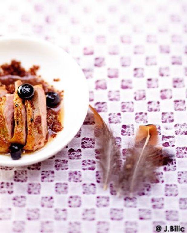 Magrets de canette aux myrtilles, poivre de Sichuan, quinoa rouge