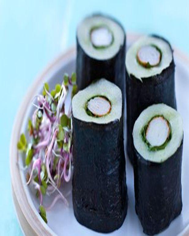 Maki de concombre de France et germes de radis