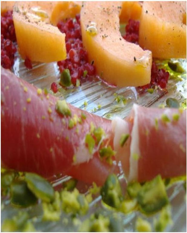 Melon à l'Italienne au jambon cru revisité aux framboises