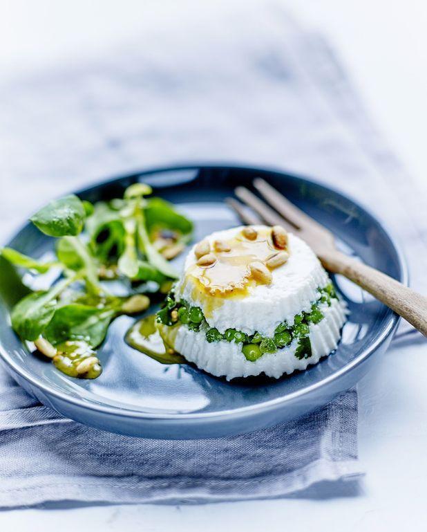 Mini-terrines de brebis frais, petits pois et coriandre