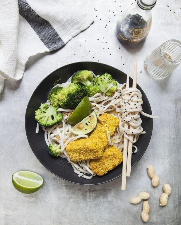 Noodles au tofu, sauce cacahuète