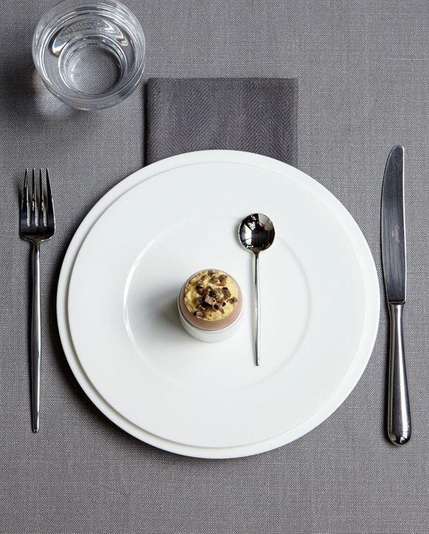 Oeufs brouillés à la truffe noire