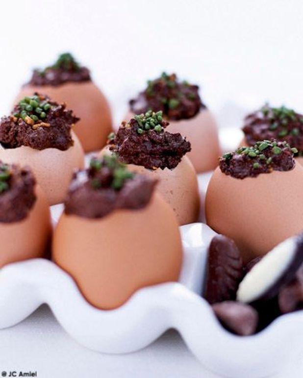 Oeufs coque en chocolat