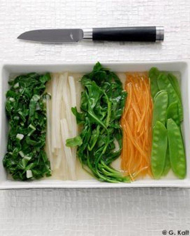 Ohitashi, légumes marinés dans une sauce légère