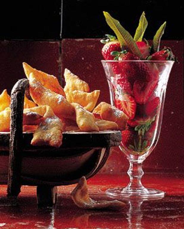 Oreillettes et fraises au sirop de verveine
