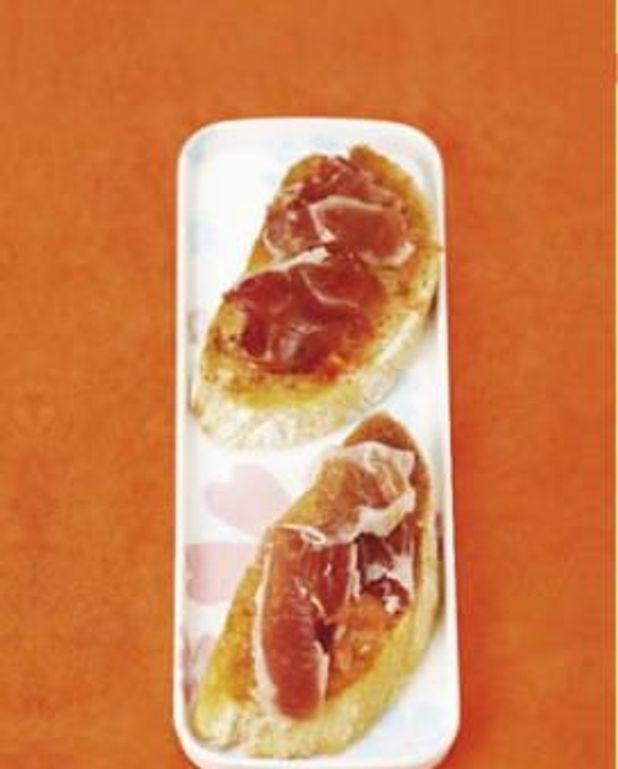 pain à la tomate, comme à Barcelone