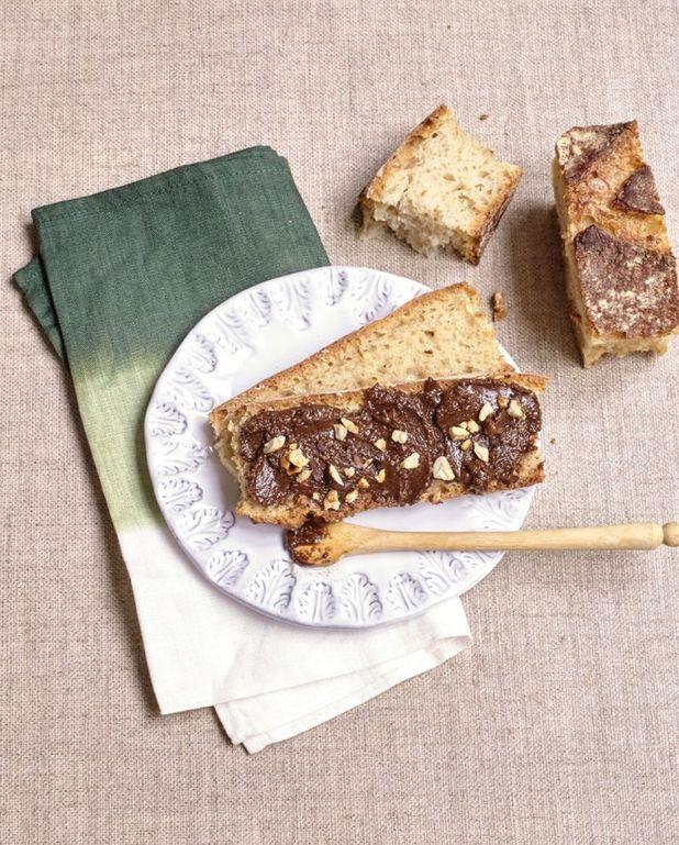 Pâte à tartiner maison chocolat noir noisettes