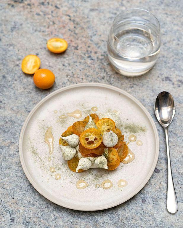Pavlova aux kumquats, wakamé