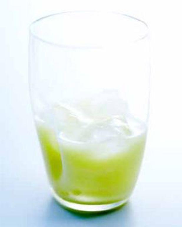 Cocktail Pina Colada au rhum blanc et lait de coco
