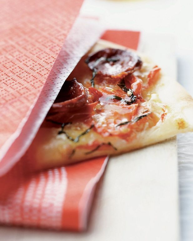 Pizza tomate chorizo