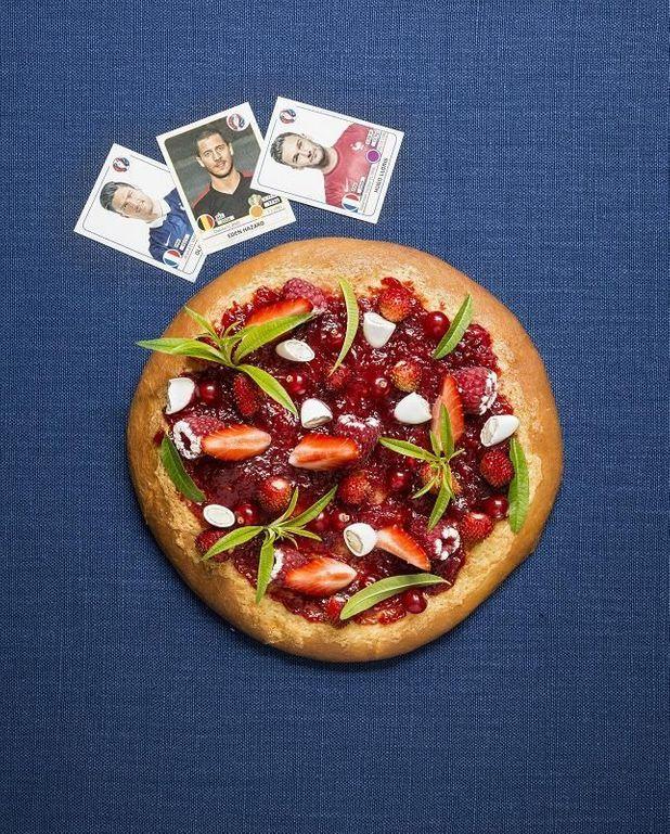 Pizza sucrée fraises framboises