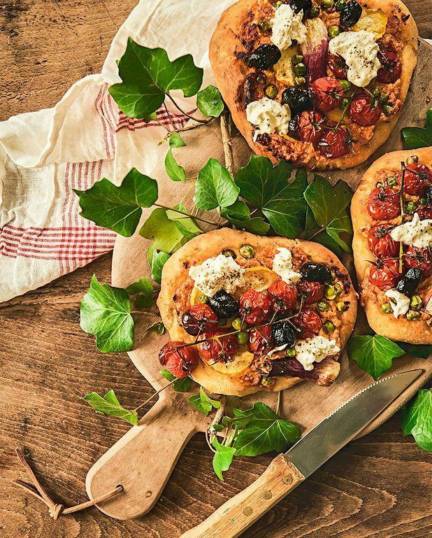 Pizzettes de légumes rôtis et feta