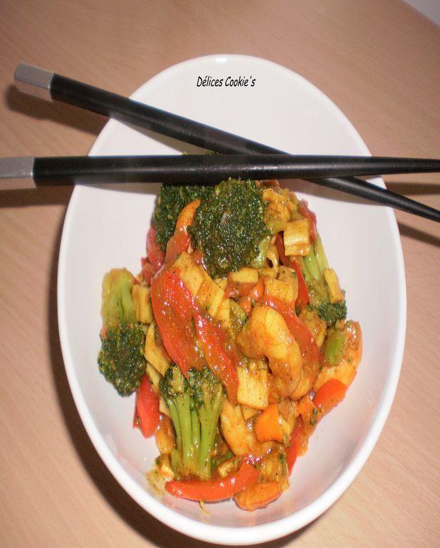 Poêlée de crevettes surimi et ses légumes au curry