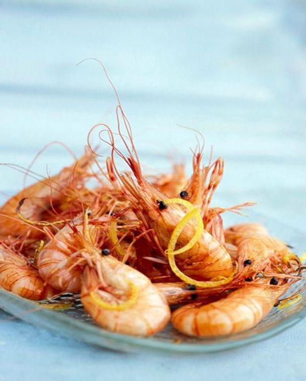 Pommes de terre farcies aux crevettes roses
