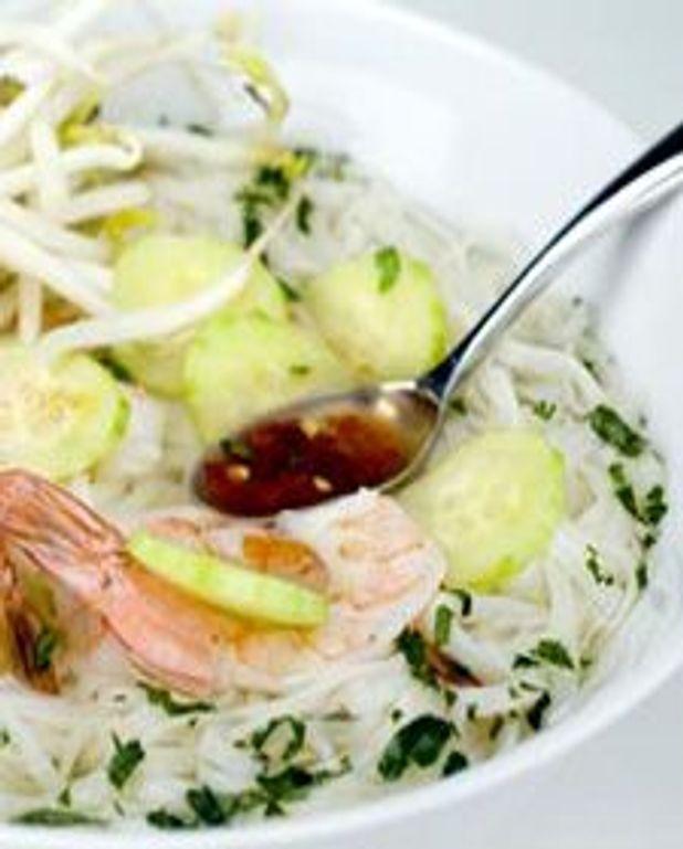 Potage asiatique aux crevettes piquantes