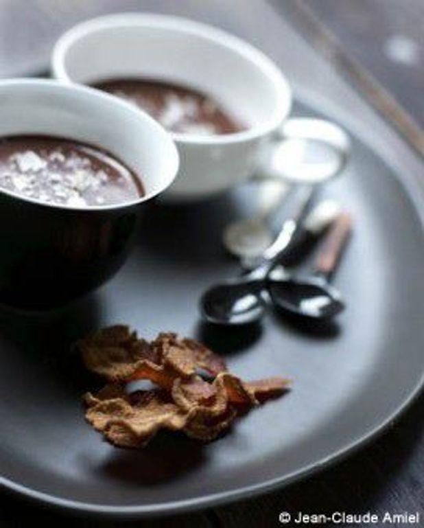 Pots de chocolat au bacon crispy et sel fumé