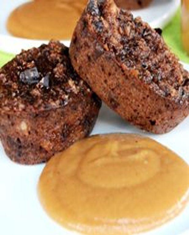 Pouding brioché et chocolaté, purée de poires caramélisées au sirop d'érable