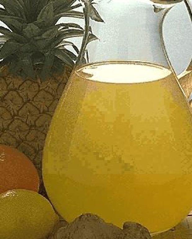 Punch à l'ananas et aux oranges