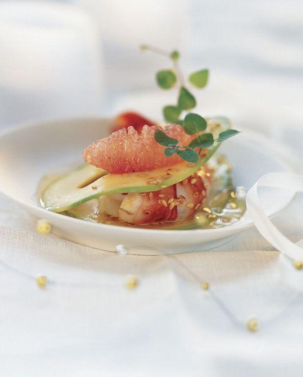 Ravioles d'avocat aux crevettes sauce acidulée