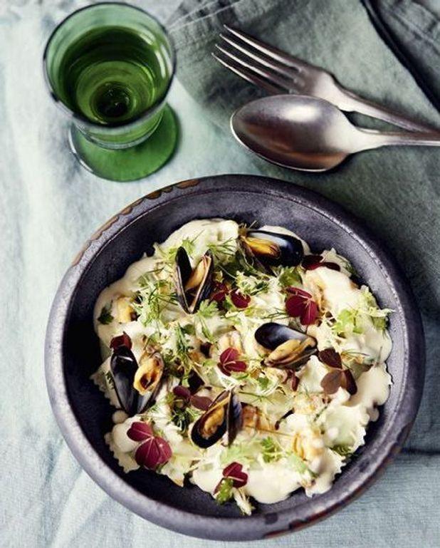Ravioles de Romans, moules et sauce poulette