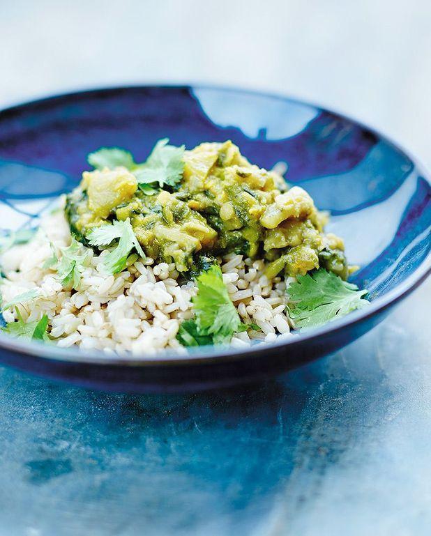 Riz semi-complet, curry d'épinards et de lentilles