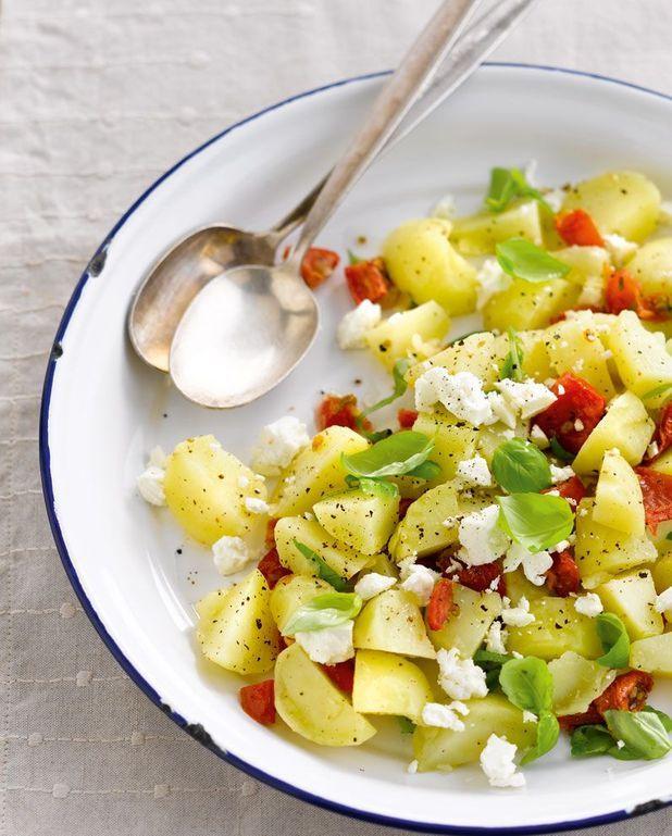 Salade à emporter de pommes de terre primeurs à la grecque