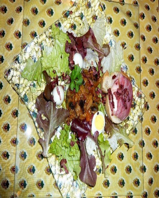 Salade ardèchoise à la ratatouille et aux picodons