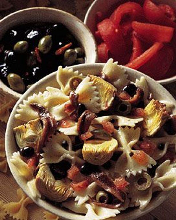 Salade aux farfalles et artichauts
