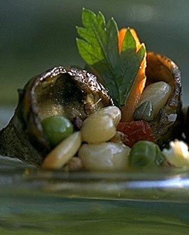 Salade d'artichauts et haricots blancs à la coriandre