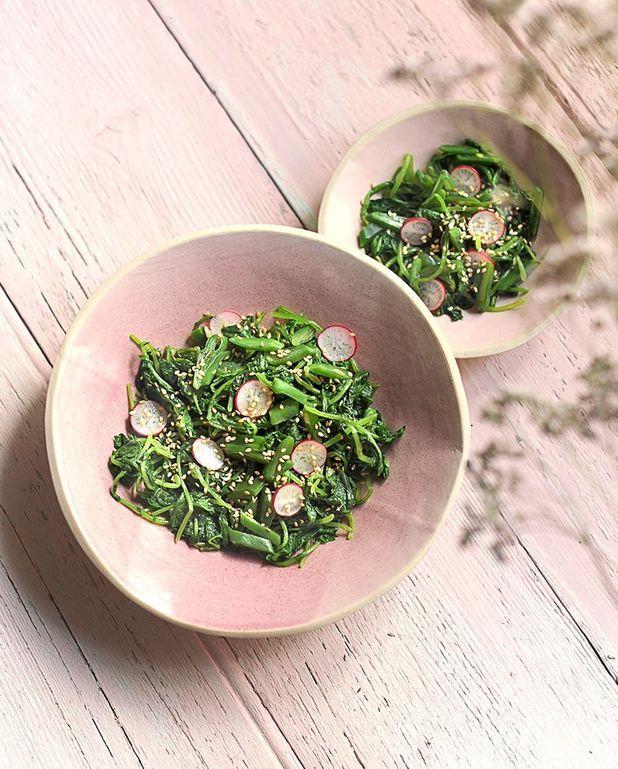 Salade de fanes de radis à la japonaise