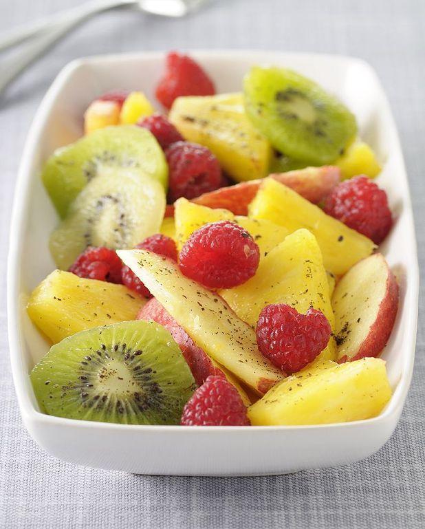 Salade de fruits citronnelle et pistaches