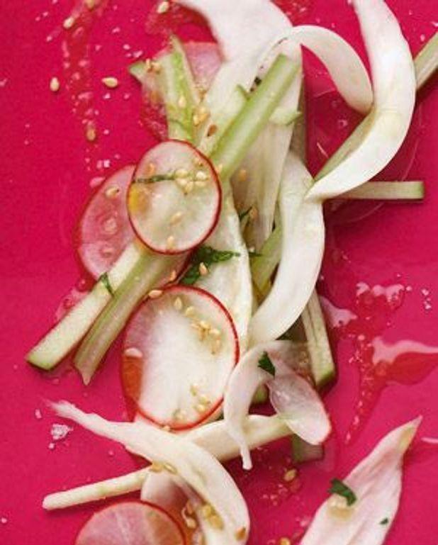 Salade de légumes émincés