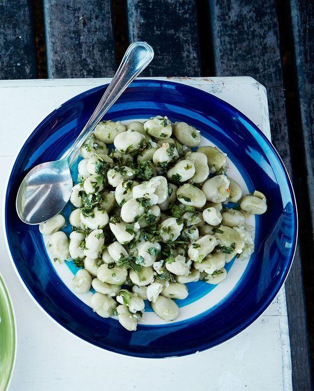Salade de petites fèves