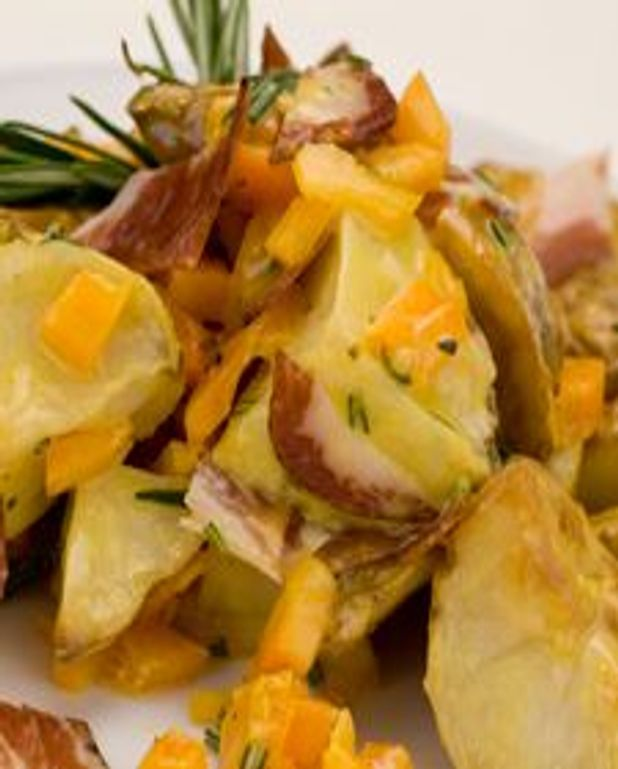 Salade de pommes de terre au jambon fumé