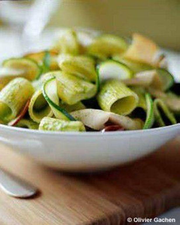 Salade de rigatoni et fines tranches de veau