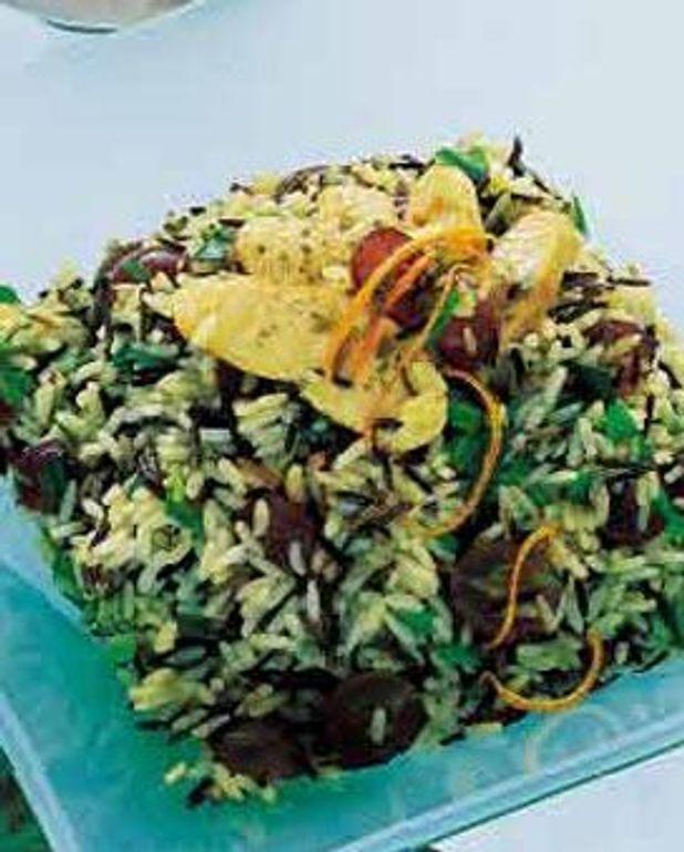 Salade de riz, raisin frais et poulet