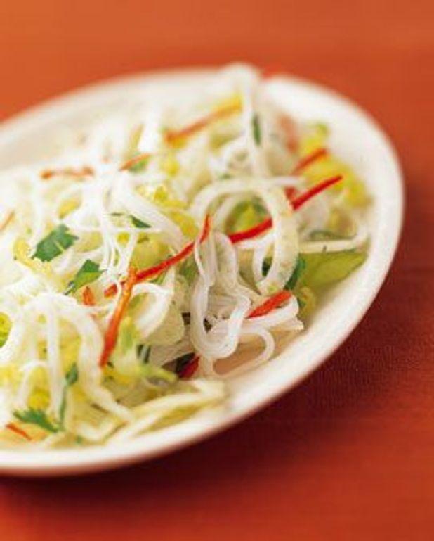 Salade exotique au piment rouge