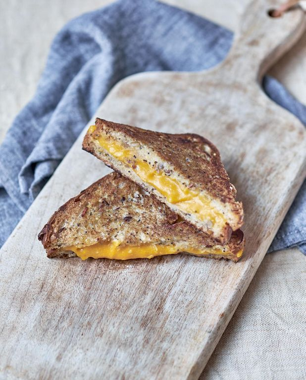 Sandwich au cheddar de courge butternut