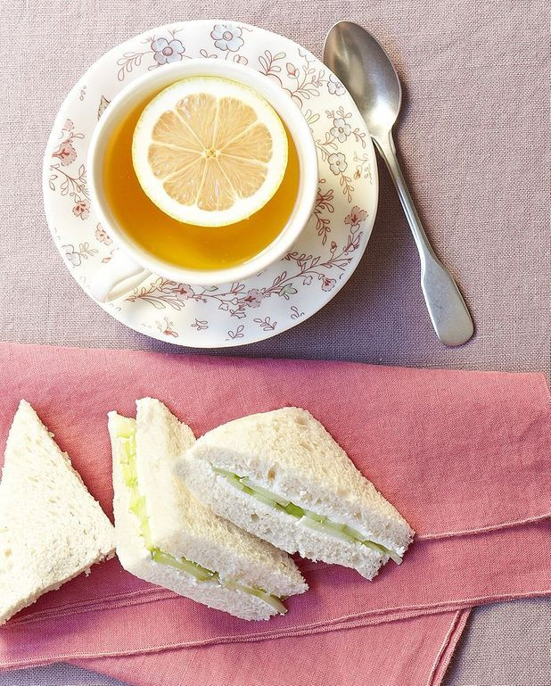 Sandwichs au concombre et cream cheese