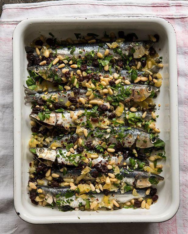 Sardines au four au citron confit et fruits secs