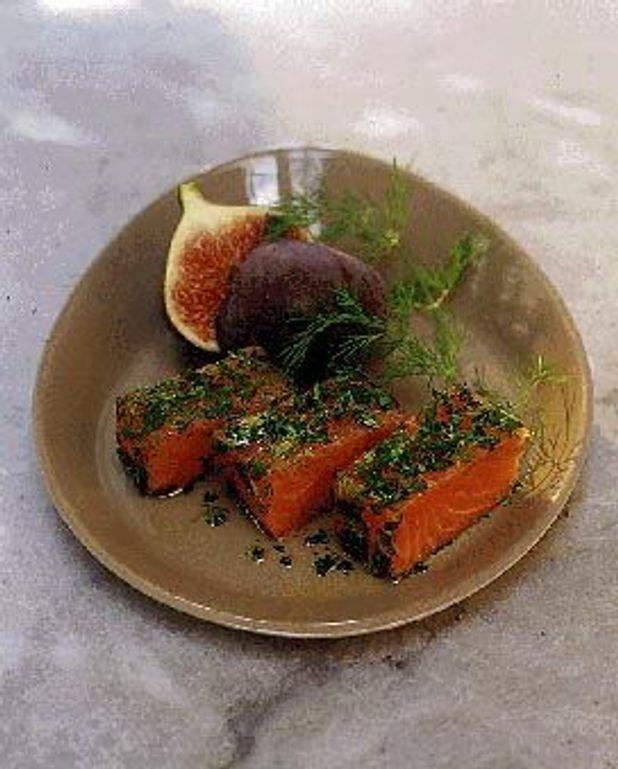 Saumon mariné, citronnette aux herbes