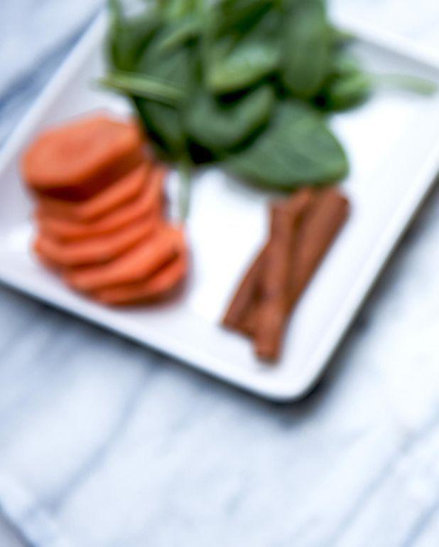 Soupe à l'orange, carottes, patates douces et coco