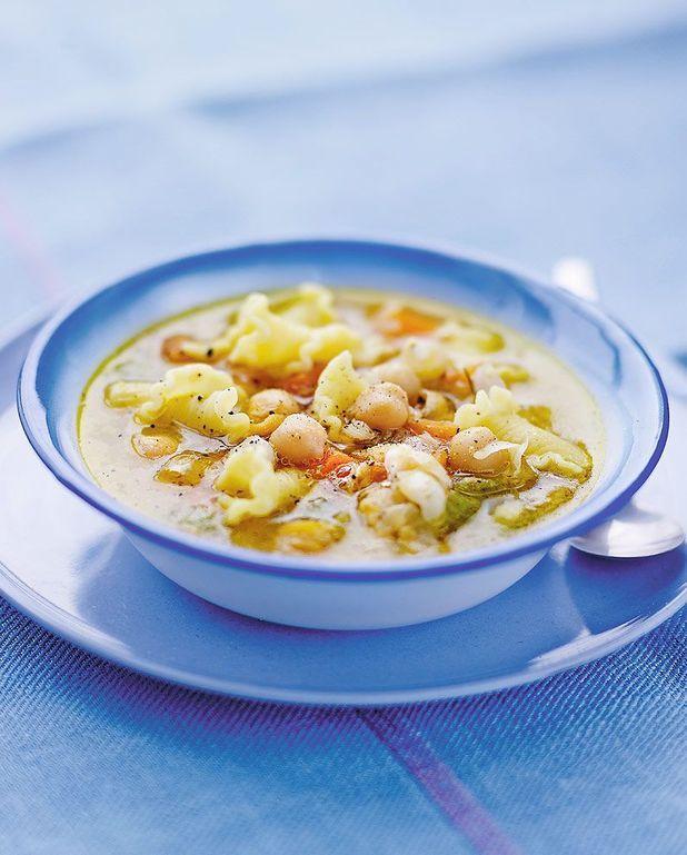 Soupe aux pâtes et pois chiches