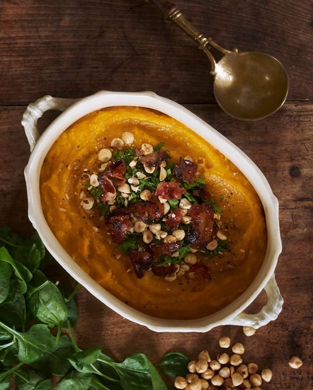 Soupe de butternut, épinards et lard