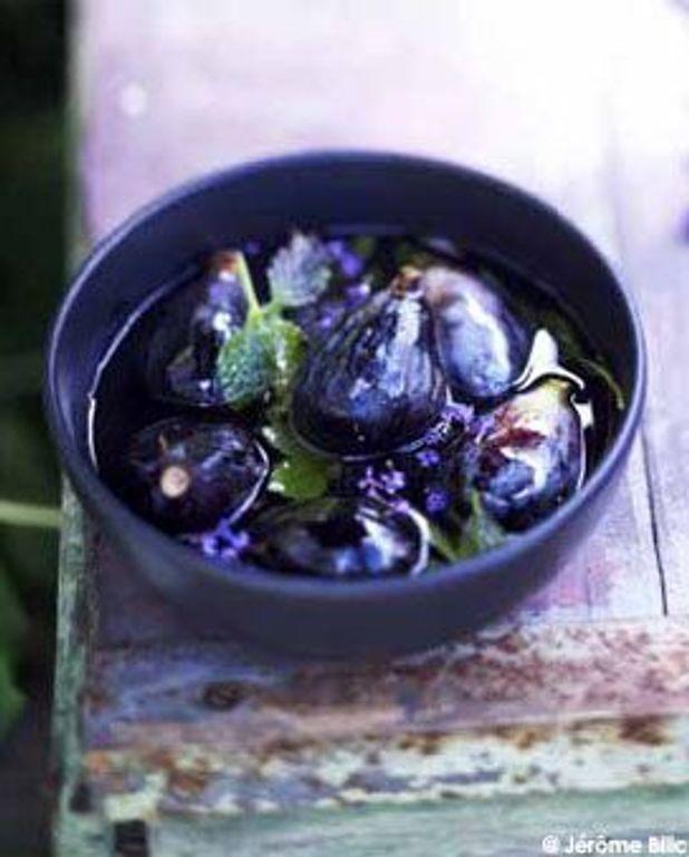 Soupe de figues à la mélisse