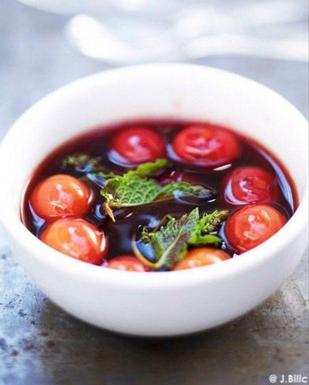 Soupe de fruits au vin rouge