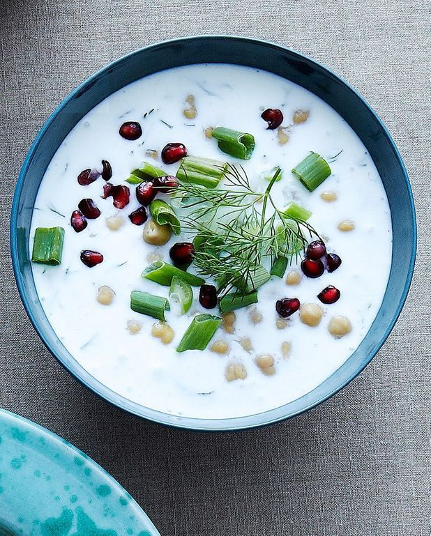 Soupe persane au yaourt